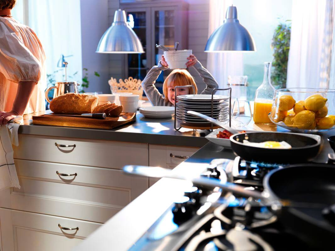 Недорогие кухни с бесценными деталями