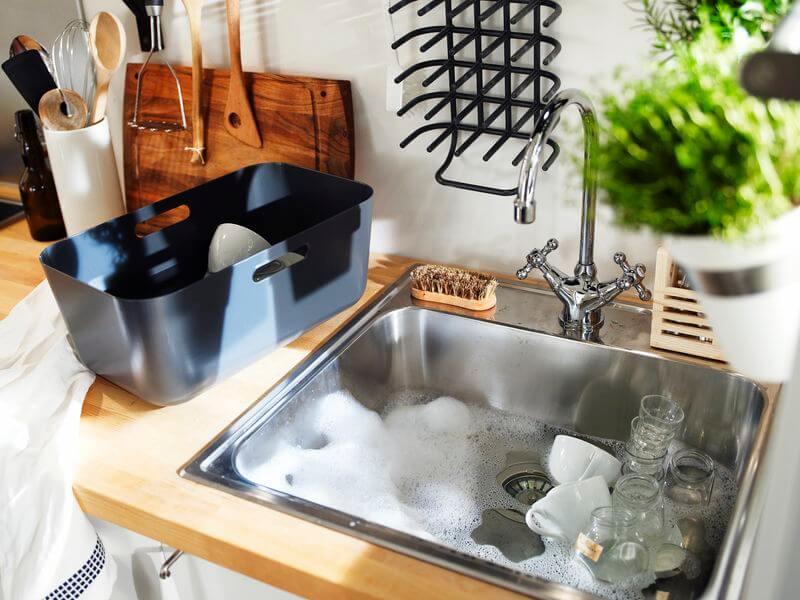 Кухонные мойки и смесители для хороших хозяек