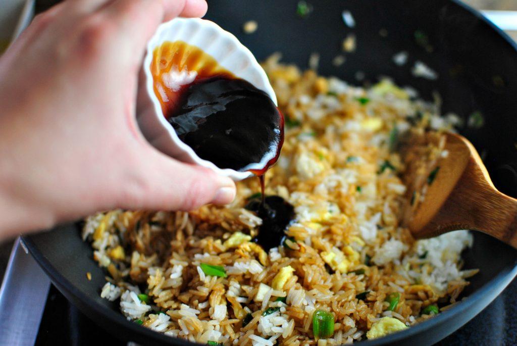 Рис и соевый соус
