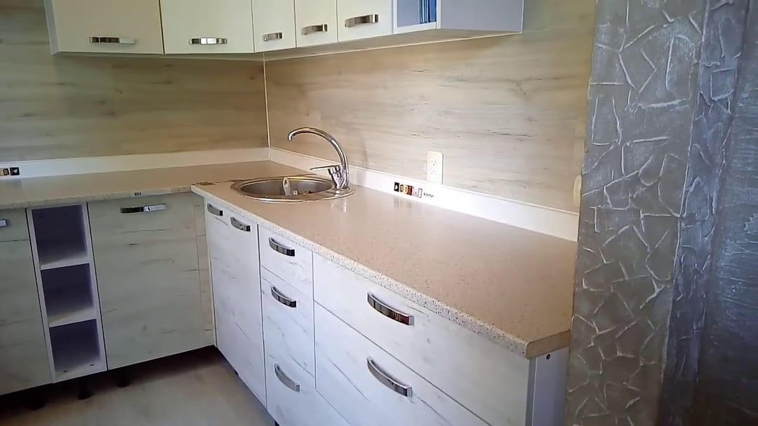 Армирование стен на кухне