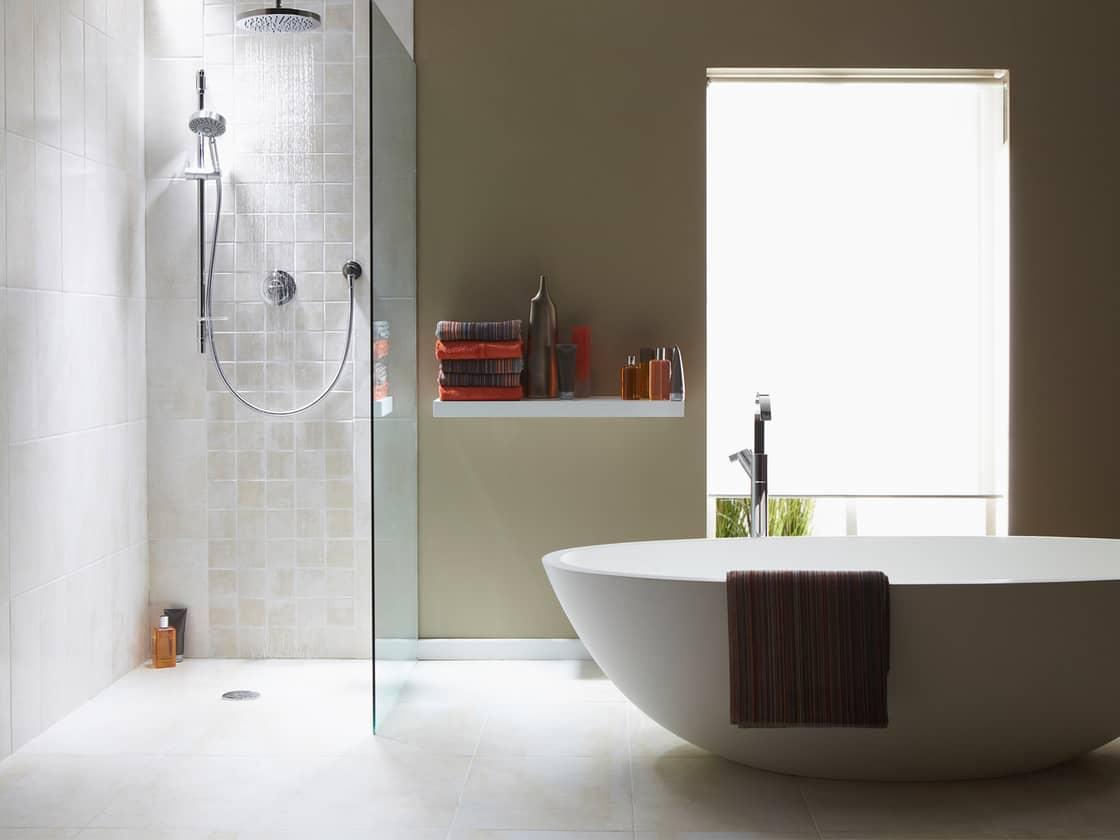 Почему душ лучше ванны?