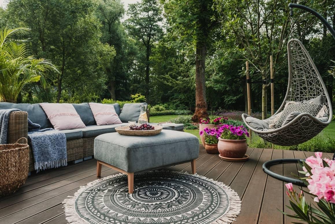 Садовая мебель - способ обустройства зоны отдыха