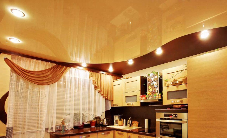 Какого цвета сделать натяжной потолок на кухне