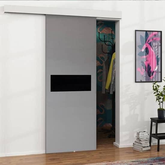 Такие двери-купе можно часто увидеть в интерьерах ИКЕА